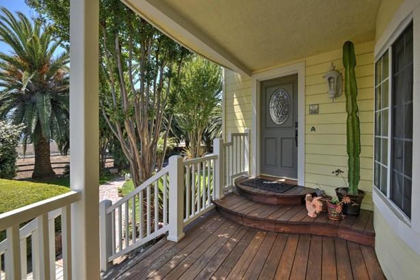 2675 Maple Avenue, San Martin, CA - USA (photo 3)
