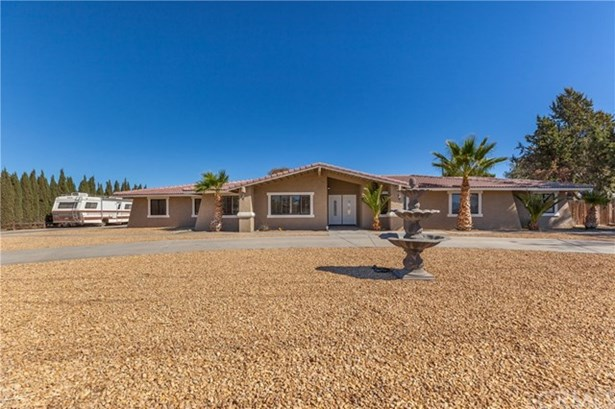 14661 Riverside Dr., Apple Valley, CA - USA (photo 1)