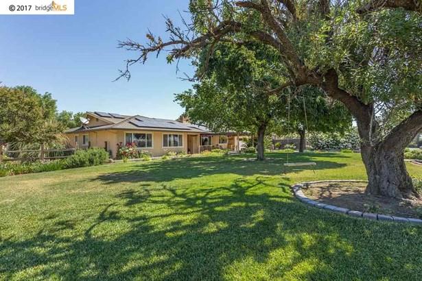 1410 Carpenter Rd, Oakley, CA - USA (photo 1)