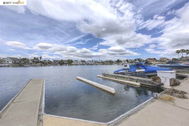2010 Bowsprit Ct, Discovery Bay, CA - USA (photo 2)