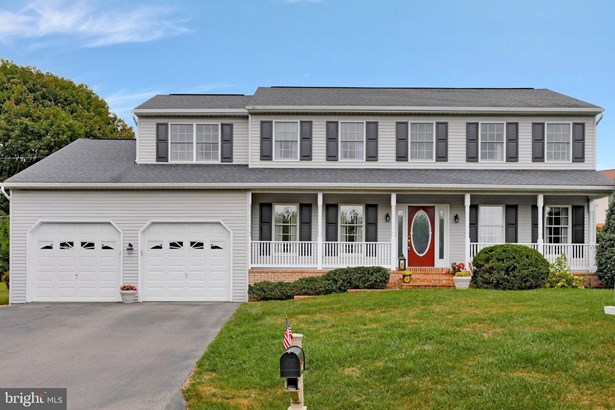 Colonial, Detached - HAGERSTOWN, MD