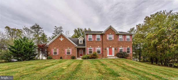 Colonial, Detached - MIDDLETOWN, MD