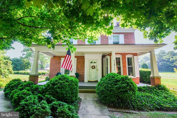 Colonial, Detached - WILLIAMSPORT, MD