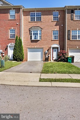 Row/Townhouse, Colonial - CHAMBERSBURG, PA