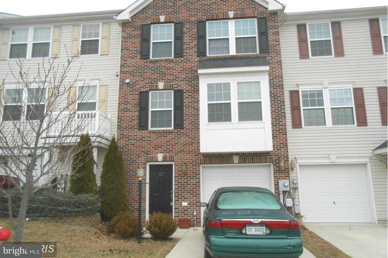 Townhouse, Colonial - FALLING WATERS, WV (photo 1)