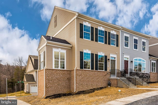 Colonial, End Of Row/Townhouse - NEW MARKET, MD
