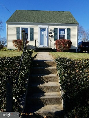 Cape Cod, Single Family Residence - HAGERSTOWN, MD (photo 1)