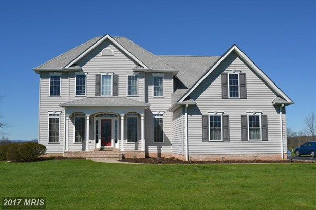 Traditional, Detached - LITTLESTOWN, PA (photo 1)