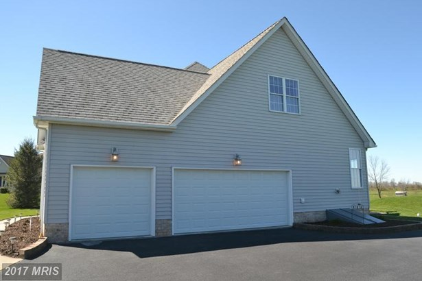 Traditional, Detached - LITTLESTOWN, PA (photo 3)