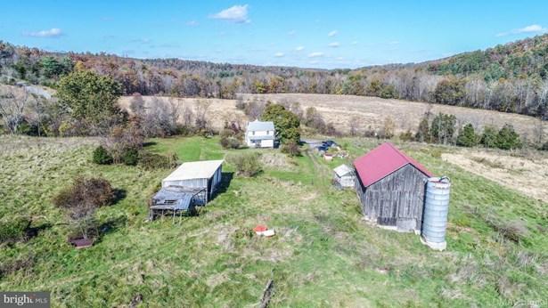 Farm House, Single Family Residence - HANCOCK, MD (photo 1)