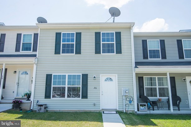 Row/Townhouse, Colonial - INWOOD, WV (photo 1)