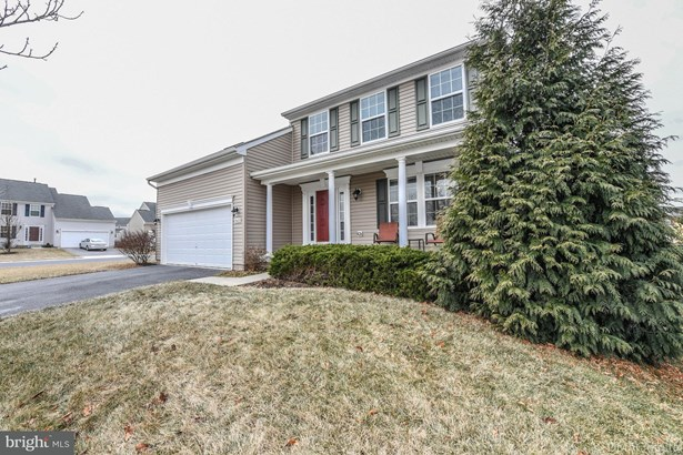 Single Family Residence, Colonial - HAGERSTOWN, MD (photo 1)