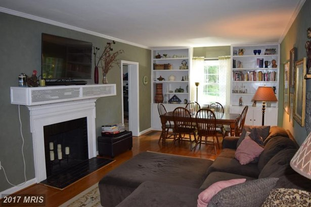 Cape Cod, Detached - HAGERSTOWN, MD (photo 5)