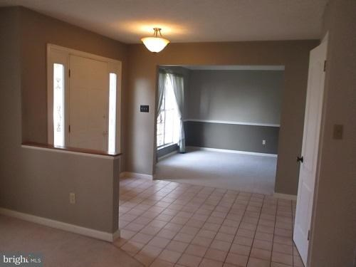 Single Family Residence, Colonial - HAGERSTOWN, MD (photo 5)