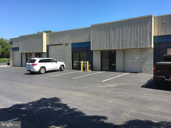 Commercial Lease - FREDERICK, MD (photo 1)