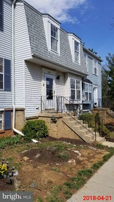Row/Townhouse, Colonial - DAMASCUS, MD (photo 2)