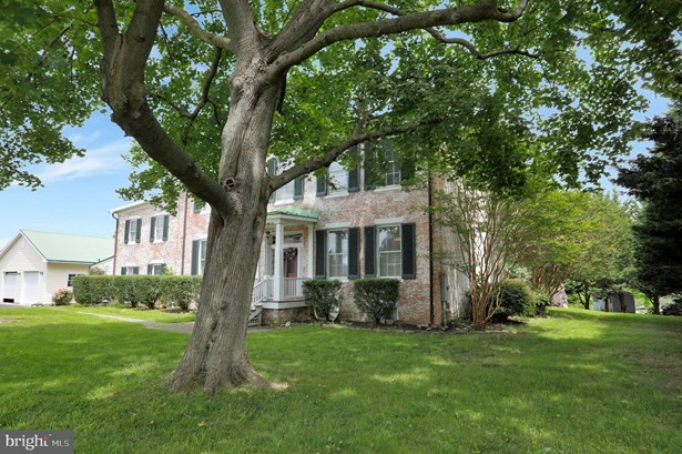 Colonial, Detached - FREDERICK, MD