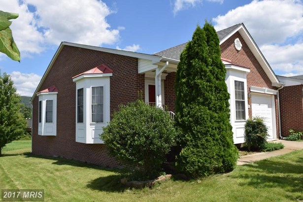 Rancher, Townhouse - SMITHSBURG, MD (photo 2)