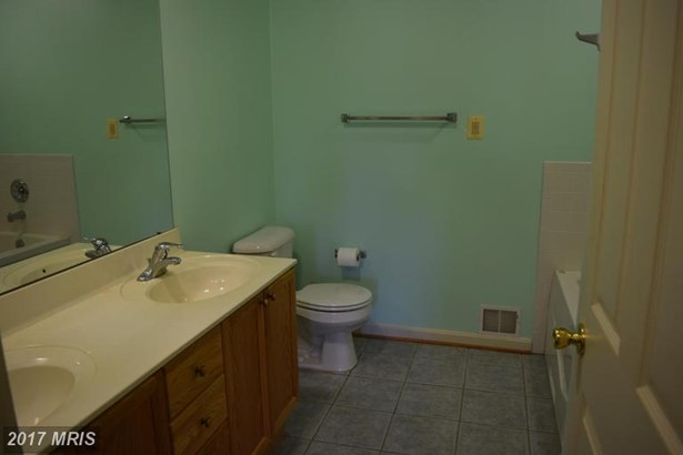 Rancher, Townhouse - SMITHSBURG, MD (photo 3)