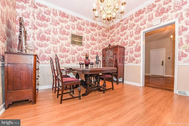 Townhouse, Victorian - WILLIAMSPORT, MD (photo 3)