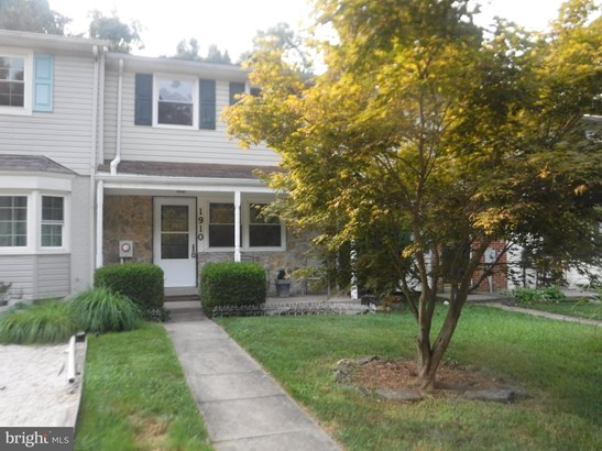 Colonial, Interior Row/Townhouse - HAGERSTOWN, MD