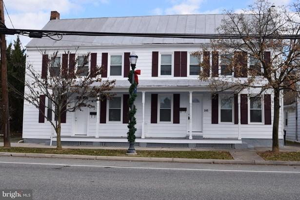 Colonial, End of Row/Townhouse - BOONSBORO, MD (photo 1)