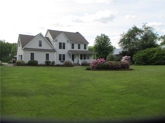 Single Family For Sale, Colonial - East Granby, CT (photo 2)