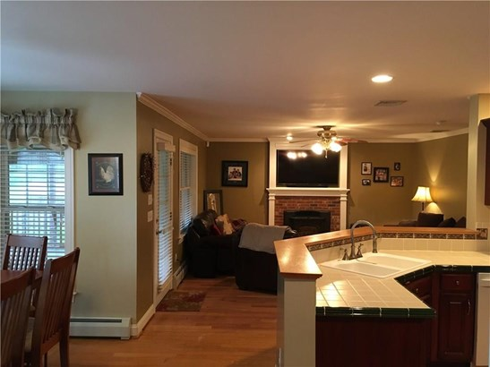 Single Family For Sale, Colonial - East Granby, CT (photo 3)