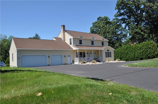 Single Family For Sale, Colonial - Suffield, CT (photo 1)