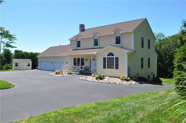 Single Family For Sale, Colonial - Suffield, CT (photo 3)