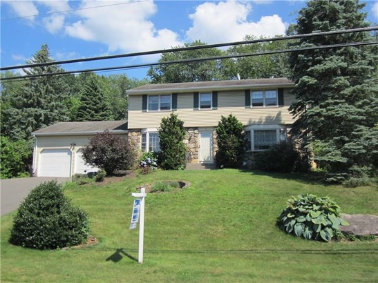Single Family For Sale, Colonial - Vernon, CT (photo 2)