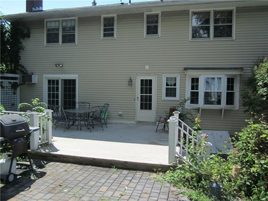 Single Family For Sale, Colonial - Vernon, CT (photo 4)