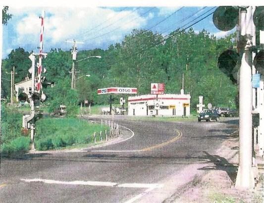Willington, CT - USA (photo 1)