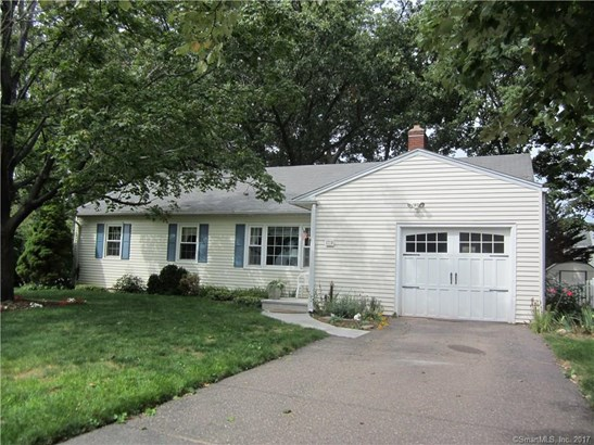 Single Family For Sale, Ranch - Manchester, CT (photo 2)