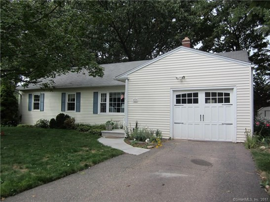 Single Family For Sale, Ranch - Manchester, CT (photo 3)