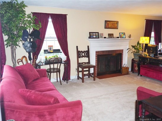 Single Family For Sale, Colonial - Coventry, CT (photo 5)
