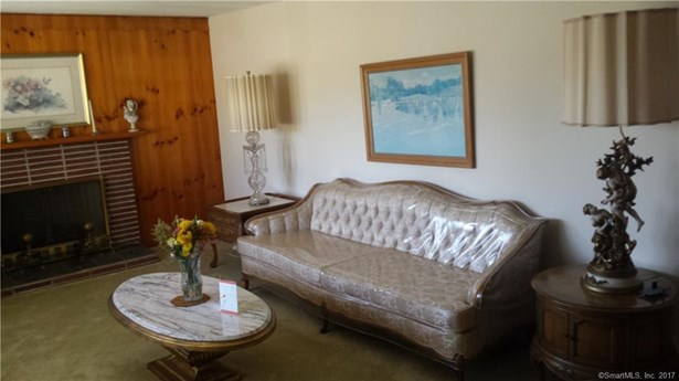 Single Family For Sale, Ranch - Windsor, CT (photo 3)