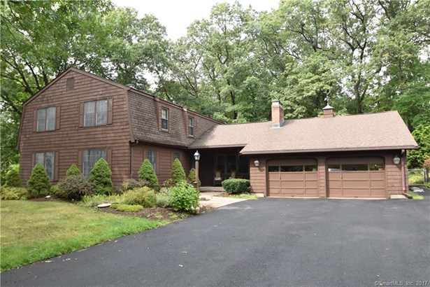 Single Family For Sale, Colonial - Windsor, CT (photo 1)