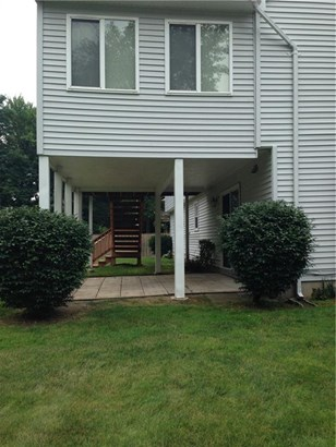 Single Family For Sale, Raised Ranch - Windsor, CT (photo 3)