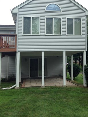 Single Family For Sale, Raised Ranch - Windsor, CT (photo 4)