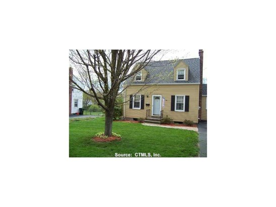 Cape Cod, Single Family Rental - Windsor Locks, CT (photo 1)