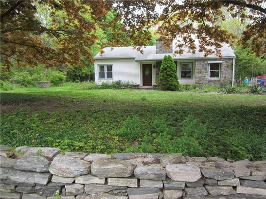 Single Family For Sale, Colonial,Farm House - Coventry, CT (photo 3)
