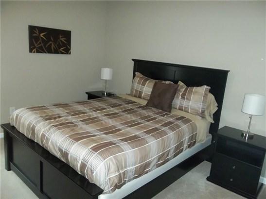 Condo,Contemporary, Condominium - East Windsor, CT (photo 5)