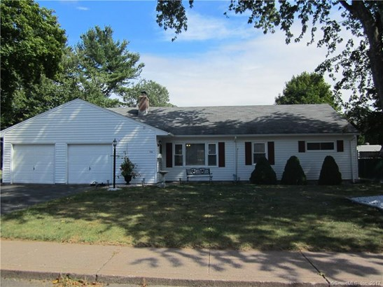 Single Family For Sale, Ranch - Manchester, CT (photo 1)