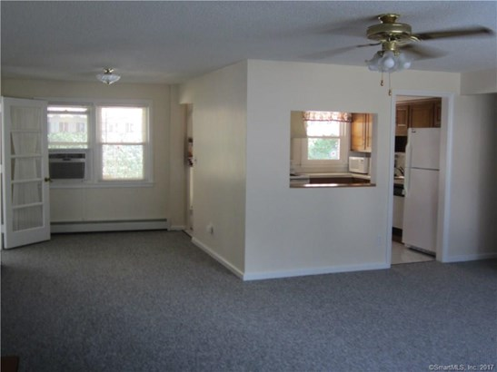 Single Family For Sale, Ranch - Manchester, CT (photo 4)