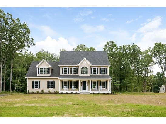 Single Family For Sale, Colonial - Manchester, CT (photo 1)