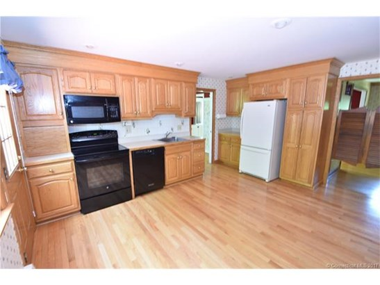 207 Country Ln, East Hartford, CT - USA (photo 3)