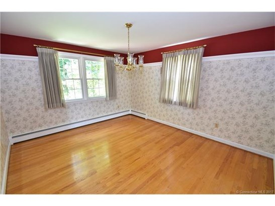 207 Country Ln, East Hartford, CT - USA (photo 4)