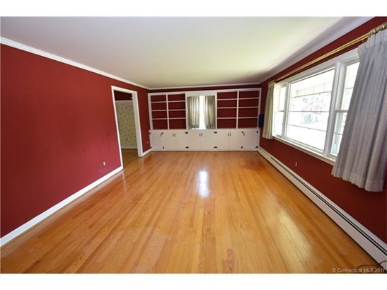 207 Country Ln, East Hartford, CT - USA (photo 5)
