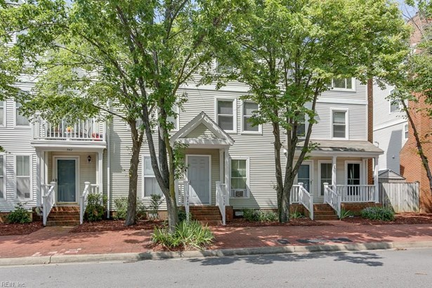 Attached,Attached Residential, Colonial - Portsmouth, VA